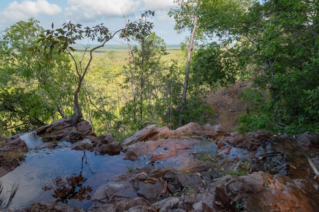 cliff top poolsLR